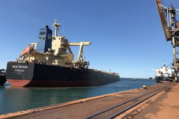 News: simulation facilities validate novel Port Kembla berthing manoeuvre