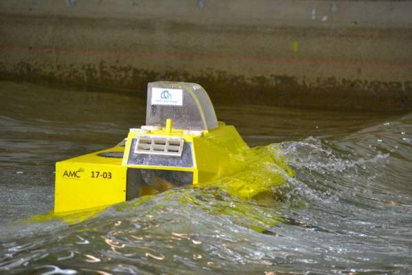 Performance and survivability of a novel wave energy converter